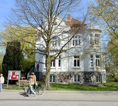 Gründerzeitvilla in der Mühlenstrasse - die Villa,  Kulturzentrum in Wedel.