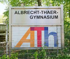 Schild Albrecht Thaer Gymnasium in Hamburg Stellingen
