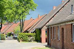 Doppelhäuser - Froebelstrasse in Dömitz; Siedlung der 1930er Jahre.