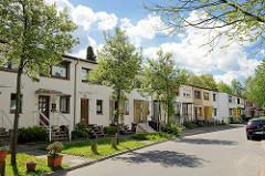 Reihenhäuser im Stellinger Steindamm - Wohnstrasse im Hamburger Bezirk Eimsbüttel