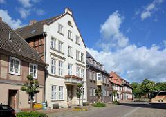 Unterschiedliche Architekturformen, Baustile / Fassadengestaltung - Elbstrasse in Dömitz.