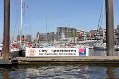 Sporthafen an den Hamburger Vorsetzen / Baumwall - Teil vom ehem. Niederhafen.