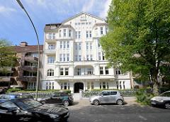 Gründerzeitwohnhaus - Wohnburg  / Palais in der Ifflandstrasse in Hamburg Hohenfelde.