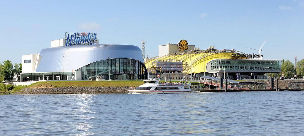 Bildarchiv Hamburg Foto Theatergebäude An Der Elbe Im Hamburger
