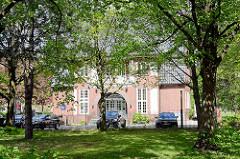 Backsteinarchitektur des ehem. Hamburger Oberbaudirektor Fritz Schumacher, Polizeiwache Lübecker Strasse - erbaut um 1914.