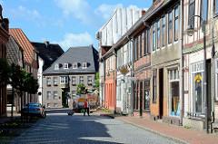 Historische Architektur in der Torstrasse von Dömitz - Blick zur Elbstrasse.