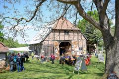 Kulturelle Landpartie im Wendland, größtes selbstorganisierten Kulturfestival Norddeutschlands - zwischen Himmelfahrt und Pfingsten.