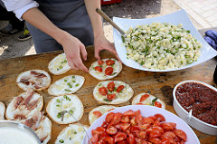 Stand der Gutsküche auf dem Bauernmarkt von Wulksfelde.