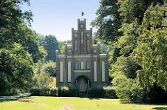 Matrosenhaus im Babelsberger Park / Potsdam; Stil der deutschen Gotik, Architekt Johann Heinrich Strack, erbaut 1842.