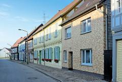 Wohnhäuser in der Kyritzer Strasse von Wusterhausen, Dosse.