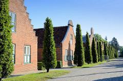 Die Holländischen Häuser im Neuen Garten von Potsdam - Erbaut 1789 - 1790 nach Plänen von Carl Gotthard Langhans und Andreas Ludwig Krüger.