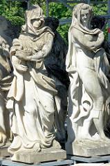 Skulpturen beim Neuen Palais in Potsdam.