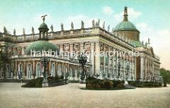 Altes Foto vom Neuen Palais im Park Sanssouci in Potsdam, erbaut 1769 - letzte bedeutende Schlossanlage des preussischen Barocks.