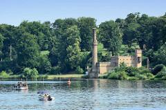 Dampfmaschinenhaus vom Park Babelsberg / Potsdam; erbaut 1845 nach Plänen von Ludwig Persius - Wasserversorgung für den Park. Seit 1990 gehört der Park Babelsberg als Teil der Schlösser und Parks von Potsdam und Berlin zu Liste des UNESCO Welterbe.
