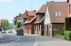 Wohnhäuser - Einfamilienhäuser an der Dannenberger Hauptverkehrsstrasse v - Lüneburger Strasse..