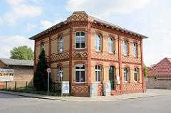 Klinkergebäude - freistehendes Eckhaus, Backsteinarchitektur - Zehdenicker Ziegel.