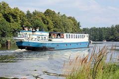 Passagierschiff MS Mecklenburg auf der Havel.