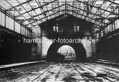 Abriss einer Bahnhofshalle vom Alten Altonaer Bahnhof bei der Palmaille.
