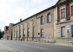 Gebäude vom Filmtheater der Wertätigen in Zehdenick, eröffnet 1958 - später Teil einer Schuhproduktion.