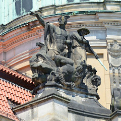 Giebelskulptur am Potsdamer Stadthaus, Rathaus; erbaut 1902 - 1907.