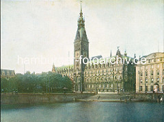 Historisches Motiv vom Rathaus der Freien und Hansestadt Hamburg - Blick über die Kleine Alster, ca. 1925.urger-rathaus_1925
