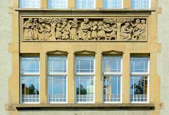Stuckfries - Gymnasium ALLEE - Max Brauer Allee in Hamburg Altona; 1876 als höhere Töchterschule gegründet.