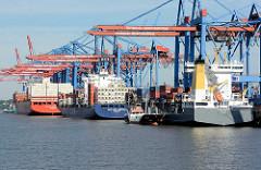 Containerhafen Hansestadt Hamburg - Frachtschiffe am Terminal Burchardkai in Hamburg Waltershof / Waltershofer Hafen.
