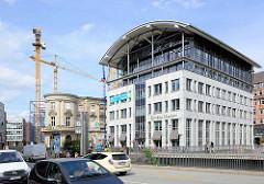 Entkerntes Stadthaus an der Stadthausbrücke in der Hamburger Neustadt - 1892 als als Sitz der Stadtverwaltung und der Polizei erbaut, Architekt  Carl Johann Christian Zimmermann; ab Dezember 1935 wurde das Gebäude zum Gestapo-Hauptquartier, wo z