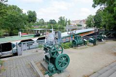 Alter Hafen von Zehdenick - Binnenschiff, Museumsschiff Carola als Schiffermuseum.