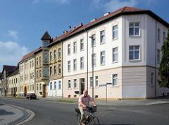 Häuserzeile mit unterschiedliche Bauformen - Architekturbilder aus der Havelstadt Zehdenick.