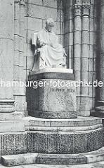 Barkhof bei der Spitaler Strasse in Hamburg - Heinrich Heine Skulptur; Stifterin Kaiserin Elisabeth von Österreich; Bildhauer Ludvig Hasselriis.  (ca. 1912)