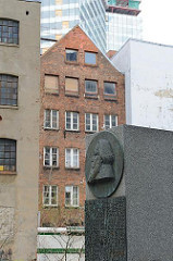 Brahmsdenkmal im Brahmsquartier - Hamburg Neustadt.