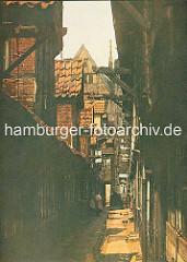 Historische farbige Aufnahme / Darstellung von der Wohnsituation im Hamburger Gängeviertel an der Steinstrasse.