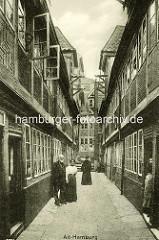 Historische Bilder aus dem Hamburger Gängeviertel - Krameramtswohnungen im Krayenkamp.