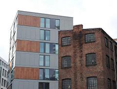 Altbau und Neubau - Brahmsquartier, historische Backsteinarchitektur - Hamburger Neustadt.