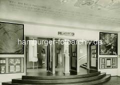 Historische Innenansicht vom Hamburger Planetarium.