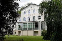Historisches Gebäude Amtsgericht Reinbek - ehem. Sophienbad, Kaltwasserheilanstalt 1858 errichtet.