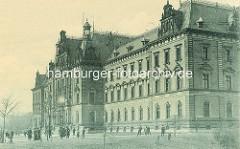 Historische Ansicht vom Strafjustizgebäude am jetzigen Sievekingplatz im Hamburger Stadtteil Neustadt.