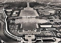 Historische Luftansicht vom Hamburger Stadtpark - im Vordergrund der Hafen am Goldbekkanal.
