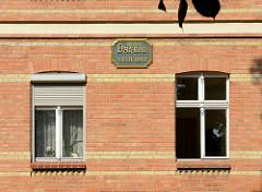 Kolonie Daheim - Baugenossenschaft 1897 für die Arbeiter der Königlichen Eisenbahnwerkstätten gegründet. Wohnhäuser für ursprünglich 800 EinwohnerInnen - das Wohngebiet steht unter Denkmalschutz.