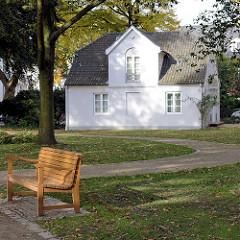 Das Heine-Haus wurde 1832 errichtet; ehemaliges Gartenhaus von Salomon Heine im Hamburger Stadtteil Ottensen an der Elbchaussee.