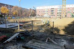 Baustelle bei den abgerissenen Backsteingebäuden ELISA in Hamburg Hamm.