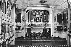 Innenansicht vom Hamburger Conventgarten - Konzertsaal, Orgel; ca. 1900.
