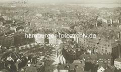 Historische Luftaufnahme vom Grossneumarkt in der Hamburger Neustadt - historische Bebauung, Hamburger Gängeviertel.
