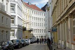 Mehrstöckige Gründerzeit-Wohnhäuser, Architektur im Hamburger Stadtteil Neustadt.