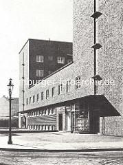 Aussenansicht - Wohnblock mit Geschäften, Architekten Bomhoff & Schöne.