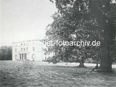 Altes Bild vom historischen Jenischhaus im Jenischpark - Hamburg Othmarschen.