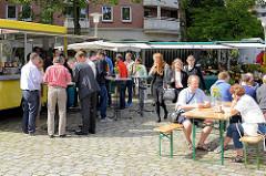 Wochenmarkt auf dem Großneumarkt in der Hamburger Neustadt.