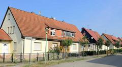 Doppelhäuser mit Satteldach - Architekturbilder aus Oranienburg, Kiefernweg.