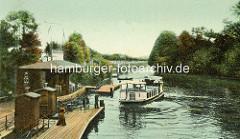 Altes Bild von Mühlenkamper Anleger in Hamburg Winterhude - Alsterdampfer / Fahrgastschiff; im Hintergrund der Hofwegkanal im Hamburger Stadtteil Uhlenhorst.